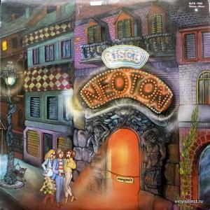 Neoton Familia - Neoton Disco